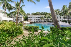The Beach Club Palm Cove